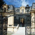 Eingang zur Villa Braun