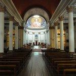 Dreischiffige Kirche