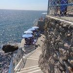 Escada de acesso a praia.