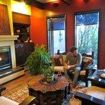 cozy, tasteful decor