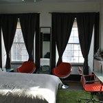 Queen Room #202