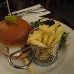 Chicken 'New Yorker' burger