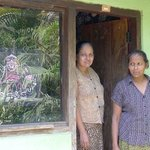 lady who makes her own batik nearby