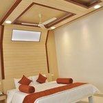 Amethyst  Queen Suite Bedroom