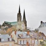 Timhotel Chartres vue sur la Cathédrale