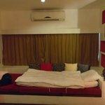 Room design + air-conditioner