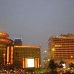 ホテル夜景、隣は大カジノ SANDS