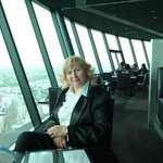 завтрак в ресторанчике на sky tower