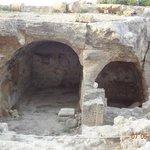 вход в гробницы