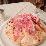 la bomb pizza - lovely!