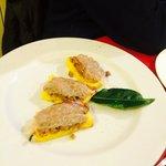 Crostini di polenta con lardo di colonnata