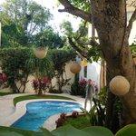 giardino interno e piscina