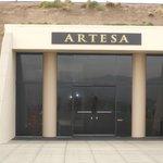 Entrance to Aratesa Winery