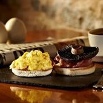 Scrambled egg, toasted muffin and portobello mushroom
