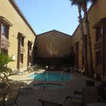 pool / hot tub courtyard