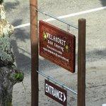 Villa Koket Sign