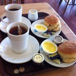 Cream tea for two... Don't mind of I do..!