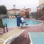 Espace piscine au 24 janvier 2014.