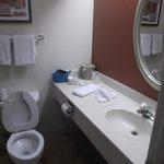Salle de bain de notre chambre 103 au 23 janvier 2014.