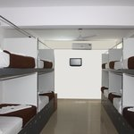 Hotel White Parrot- Dormitory-A/c