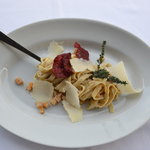 Tagliatelle with truffles and  and beetroot crisps