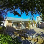 Family Self catering unit with private parking and BBQ area