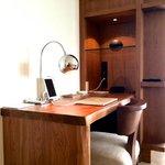Andaz suite, desk