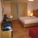 Zimmer mit Safe und Flat TV und W-LAN