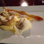 Flourless almond orange cake