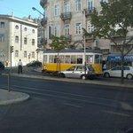 En sortant du SETE COLINAS vue sur le tram 28