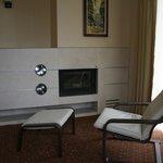 suite-fireplace