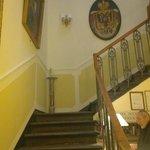 scale dalla hall