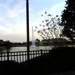 Lago en el centro del complejo