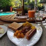Fantastic breakfast by the pool.
