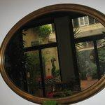 Giardino d'inverno ( ex chiostro interno) riflesso nello specchio