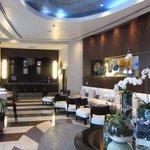 Beautiful lobby & bar