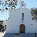 Fachada de la iglesia de Es Cubells, Ibiza