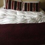 Big comfy bed!!