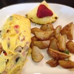 Omelet with potato side