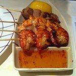 Broches crevettes, thon, saumon