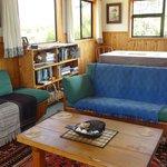 Beaconstone Eco Lodge Living room area