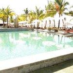 pool area towards the beach bar