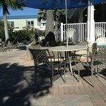 Outdoor dining area - pool area