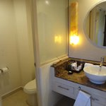 Main bathroom room 1234 (solarium suite)