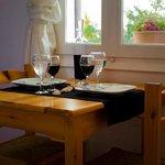 Μαύρο γλυκό κρασί παραγωγής μας