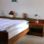 Schlafzimmer Lena 1