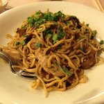 Braised chinese long life noodles