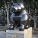 Botero Dog on the plaza