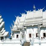 Wat Ronk Khun - Chiang Rai
