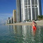 La playa de Acqualina...con el mar de cristal....